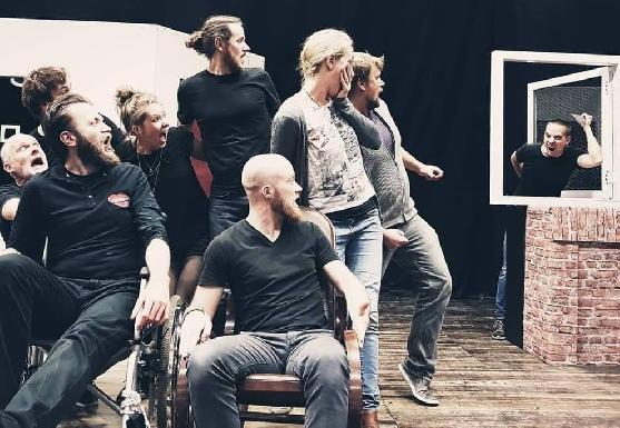 Improtheater Bühne Musenkuss nach Ladenschluss